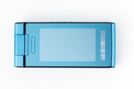太陽電池携帯.jpg